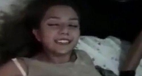 惊悚:西班牙女子听闻自己死讯着魔一笑
